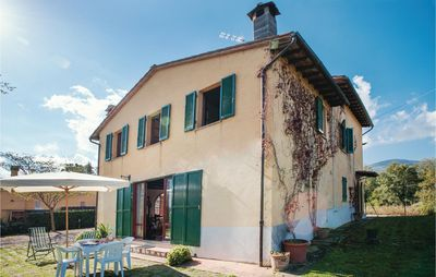 Photo for 5 bedroom accommodation in Cetona (SI)
