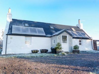 Photo for BRAEVAAL, pet friendly, with open fire in Lairg, Ref 927436