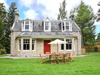 Photo for COILLE GHLAS, pet friendly, with open fire in Nethy Bridge, Ref 17242