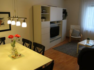 Photo for Bright and quiet apartment, close to subway, from € 60 / night!