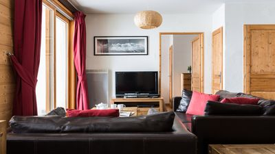 Photo for Paradis 1 - New apartment in Chamonix centre, walkable to pistes