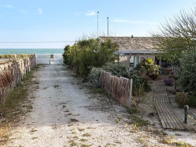 Photo for Moros - house at 50m from Sea, free WiFi, garden, 4 People