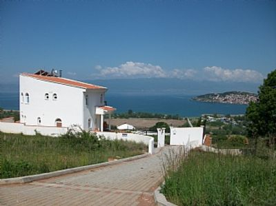 Photo for Large Villa With Private Pool And Amazing Lake Views