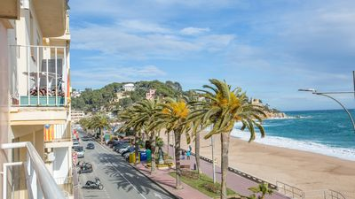 Photo for Holiday apartment Lloret de Mar for 6 persons with 3 bedrooms - Holiday apartment