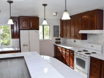 Forest Cottage Large Group Destination Vacation/Sleeps 28 adults and 2 Children