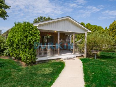 Photo for Charming Bungalow, Pool Access, Private Deck