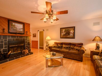 Photo for Ski House with Hot Tub, Beech Mtn Club Membership, Grill, Foosball, Close to the Slopes