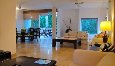 Fabulous Playacar condo w/private cenote