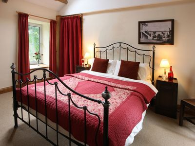 Photo for Family friendly coachhouse in idyllic setting with extensive private grounds and free WiFi
