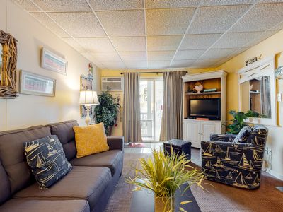 Photo for NEW LISTING! Lovely dog-friendly condo in great location - easy access to beach!