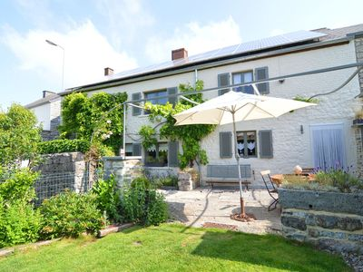 Photo for Charming cottage, tastefully presented and located in the Meuse valley.