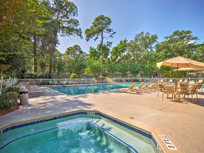 Photo for Hilton Head Condo w/ Lagoon View - Near Beach!