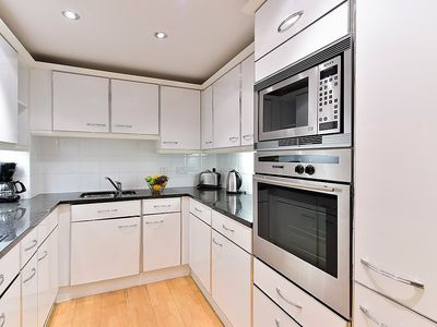 Photo for Apartment in London with Lift, Internet, Washing machine (637134)