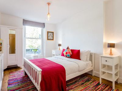 Photo for Fantastic 1 bed flat minutes from Regents Park