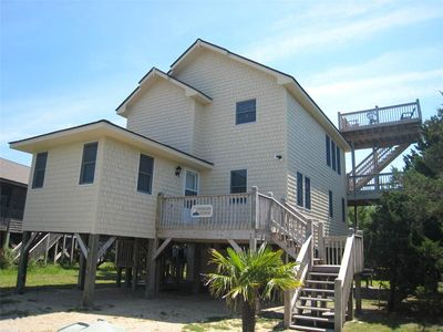 Photo for Ocracoke Getaway:  Comfortable, spacious, screened porch, decks.