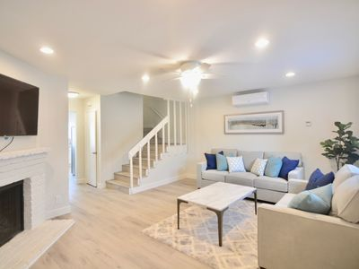 Photo for Stunning Modern Two-bedroom Townhouse near Beach and Bay, A/C, Crib, Parking
