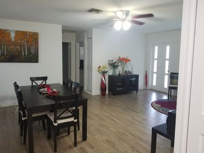 Photo for Lovely 5 bedroom . Ideal for families , close to wpb airport.