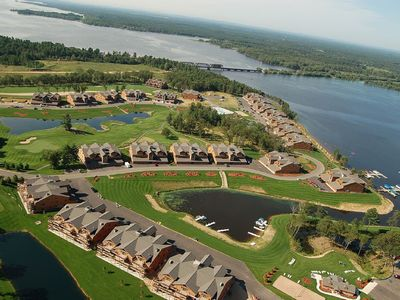 Photo for Golf getaway, Family vacation?  Enjoy it all at Northern Bay on Castle Rock Lake