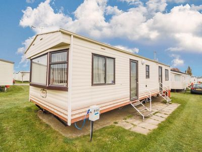 Photo for 8 berth dog friendly caravan for hire at California cliffs in Norfolk ref 50004a