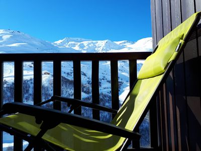 Photo for Les Menuires, foot of the slopes, clear view of the mountain (3 flakes Gold, 2 *)