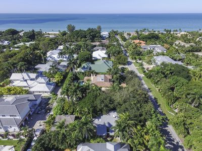 Photo for Olde Naples Cottage - Two blocks to the beach and shopping/dining