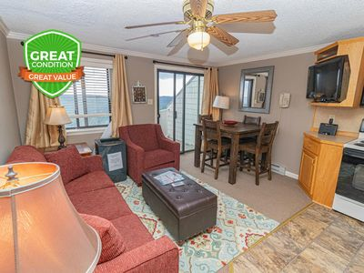 Photo for NO BAIT & SWITCH PRICING | Includes Parking/Cleaning | 1BR/1BA | Sleep 4 | ML362