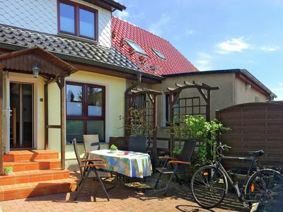 Photo for Spacious Apartment in Stralsund with Garden