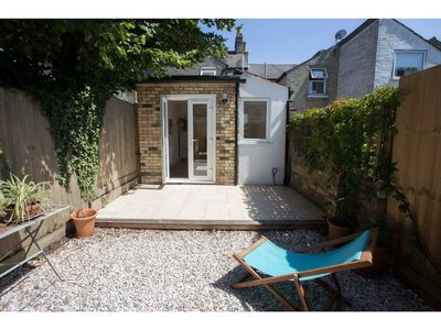 Photo for Stunning House in Historic Central Cambridge for 7