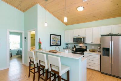 Kitchen - The beautiful kitchen boasts a full suite of quality stainless steel appliances.