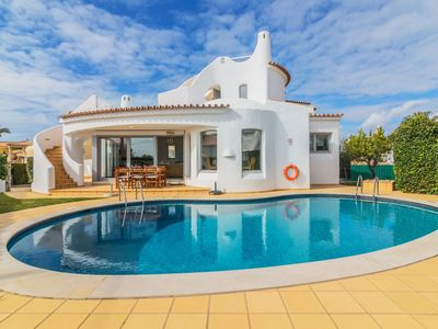 Photo for Beautiful private villa for 6 guests with A/C, private pool, WIFI, TV and parking