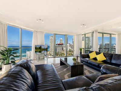 Photo for Surfers Paradise Luxury Holiday Apartment Sea Renity