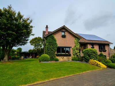Photo for Highly recommended! Fantastic villa and garden, jacuzzi and children games!