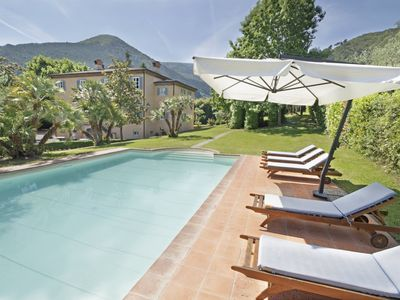 Photo for 6 bedroom Villa, sleeps 12 with Air Con, FREE WiFi and Walk to Shops