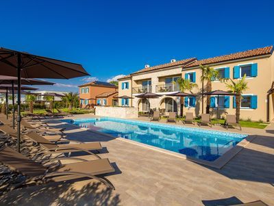Photo for Holiday apartment with use of pool and terrace
