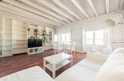 Photo for Apartment 28 m from the center of Madrid with Lift, Internet, Air conditioning (740439)