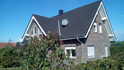 Photo for Fantastic holiday home on the left Lower Rhine between the Rhine and Wisseler See