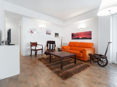 Photo for BELLA: in a quiet, family area, easy access to the entire city