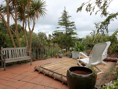 Photo for The Wedge  - Situated close to town centre and marina - quiet conservation area