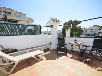 Photo for Totaly renovated and beautiful apartment 50 meters from the beach in la Duquesa