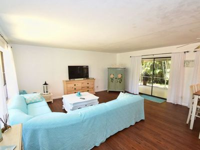 Photo for Relaxing Cottage - Walk To The Beach - Mizner Area