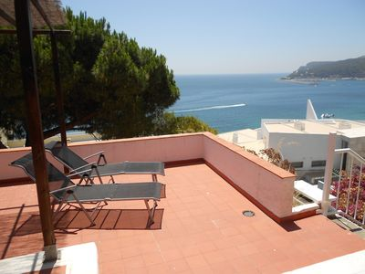Photo for Villa in Sesimbra with stunning views of sea, near the beach and center