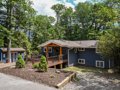 Enjoy lake views from this centrally located home with a private dock!