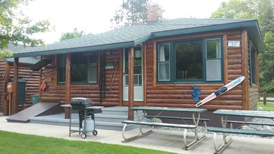 South Shore Resort Bluejay cabin in Twin Lake MI