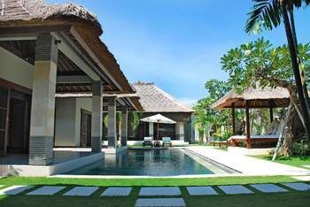 Photo for Villa Cinta - Near Seminyak Square