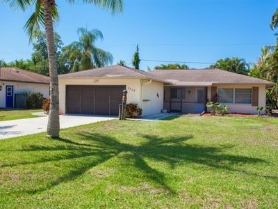 Photo for Minutes to Bonita Beach & Resteraunts/Shops - Private Pool - No Rear Neighbors