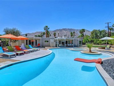 Photo for Awesome Midcentury Pool & Spa + Stunning Mountain Views + Just Updated