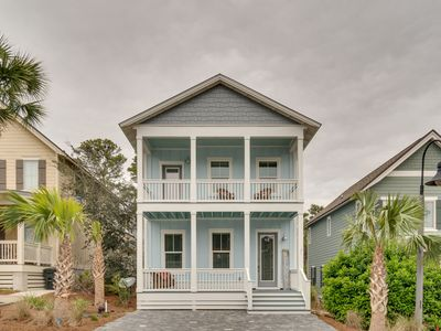 Photo for Blue Serenity, beach cottage walking distance to 30A and the Gulf of Mexico.