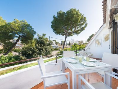 Photo for MERCURI - Beautiful apartment just 120 metres away from the sandy beach.