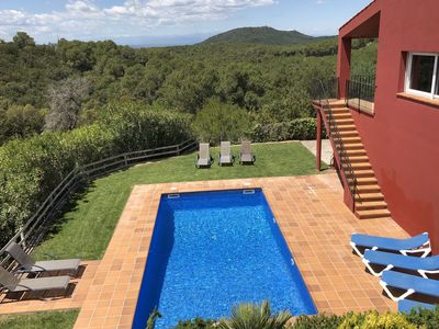 Photo for Stunning views and a wonderful outdoor setting at this detached villa near Begur