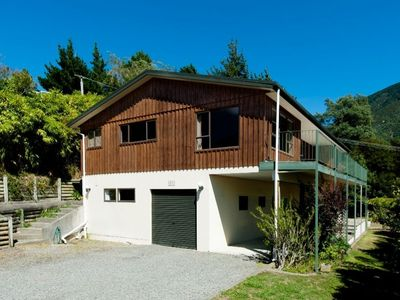 Photo for SPACIOUS FOUR BEDROOM HOUSE OVERLOOKING PICTON.